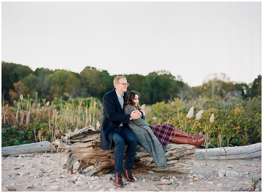 New-England-Ocean-Engagement-Connecticut-Wedding-Photographer_0004