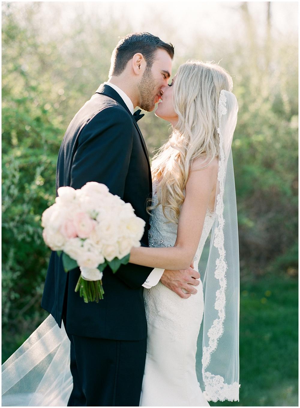 Barns-at-Wesleyan-Hills-wedding-photographer-6