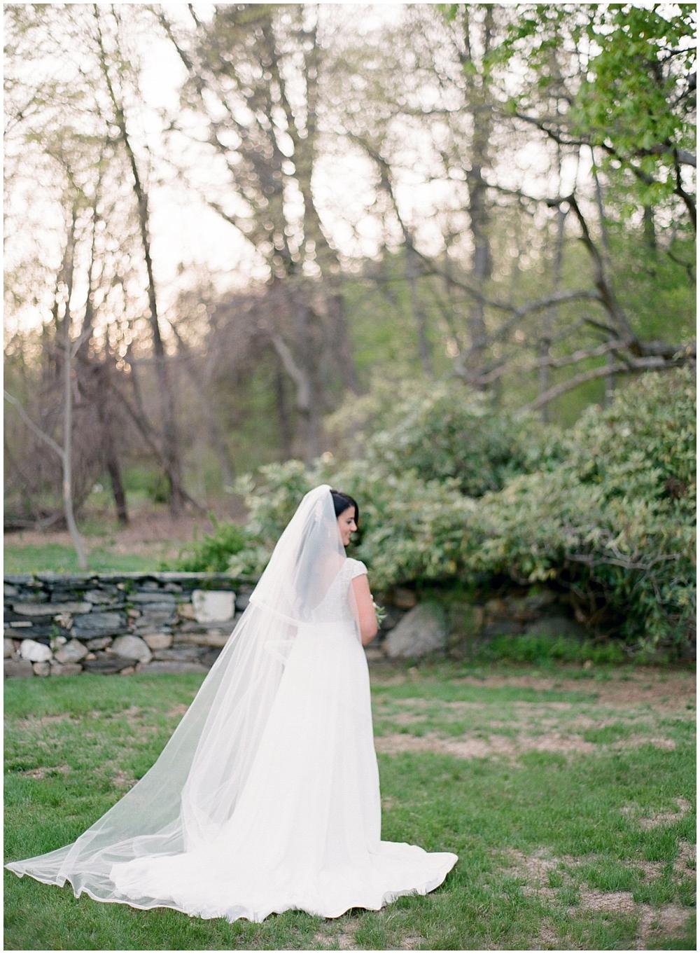 Saint-Clements-Castle-Wedding-Photographer-Connecticut2